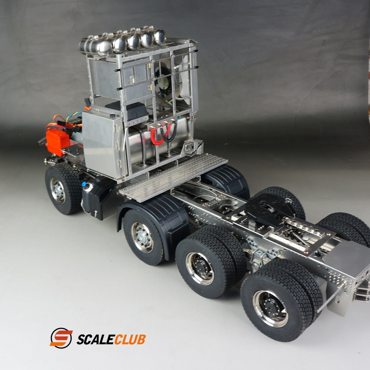 SCALECLUB  Benz AROCS 3348/3363  Heavy trailer chassis